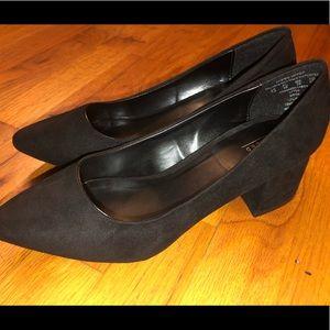 Women's Heel Pump